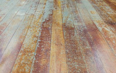 5 Signs Your Hardwood Floors Are in Danger